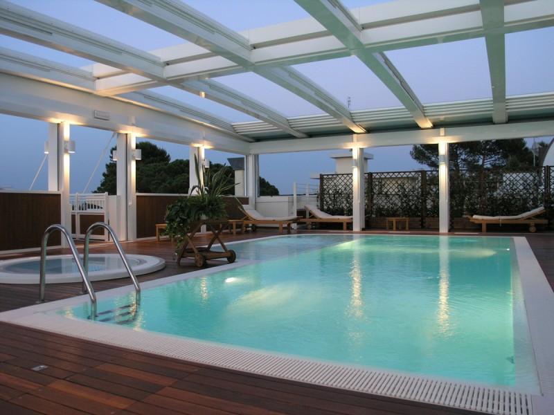 Hotel con area benessere aparthotel england - Residence riccione con piscina ...